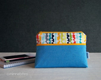 Small Blue Purse -  Vegan Zip Wallet - Organizer - Wristlet Pouch - Colorful Gift for Her - Retro Fabric Travel Purse - Ready to Ship