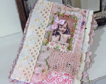 pretty pink girls - fabric and lace journal - vintage - hearts and love - NO118