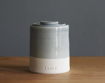Custom urn with lid. Handmade pottery pet urn or human ashes urn. read item details before ordering
