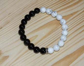 black and white howlite and Obsidian gemstone bracelet