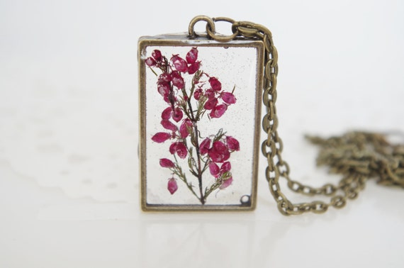 Resin flower necklace botanical jewelry pressed flower pendant resin flower necklace botanical jewelry pressed flower pendant real plant jewelry dried heather terrarium necklace wearable plant necklace mozeypictures Choice Image