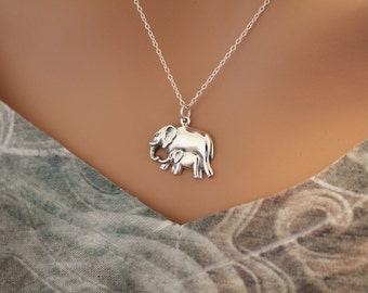 Sterling Silver Mom and Baby Elephant Pendant Necklace, Mama and Baby Elephant Necklace, Elephant Necklace, Baby Elephant Necklace