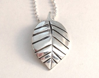 Leaf Quarter Pendant made from Silver Coin