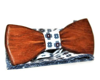 Handmade bow tie. Wooden bow tie. Bow tie from oak wood. Mens bow tie. Brown bow tie. Bow tie. Bow ties.