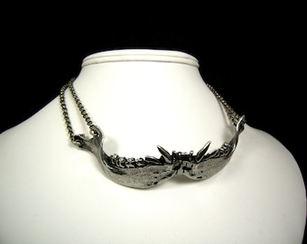 Cat Jaw Necklace