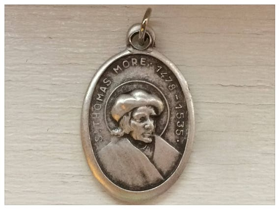 5 Patron Saint Medal Findings, St. Thomas More, Die Cast Silverplate, Silver Color, Oxidized Metal, Made in Italy, Charm, Religious