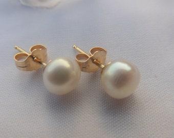 Pearl earrings,earstuds, real pearl earstuds,bride jewelry,wedding jewelry,wedding jewelry set,