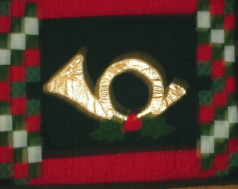 Gold French Horn Holiday Table runner