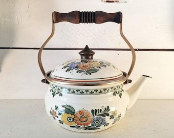 Vintage West German Asta Patterned Enamelware Kettle by Fissler/Farmhouse Kitchen Fissler German Floral Enamel Kettle/Shabby Chic Teapot