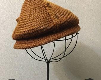 Vintage des années 1930-1940 Sienne Needlepoint par Everite chapeau