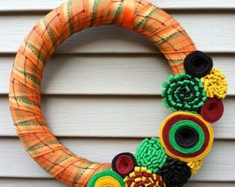 Couronne - d'automne automne Plaid à motifs ruban décoré avec fleurs en feutre. Couronne d'automne - Couronne de Thanksgiving - feutre fleur couronne - Couronne de l'automne