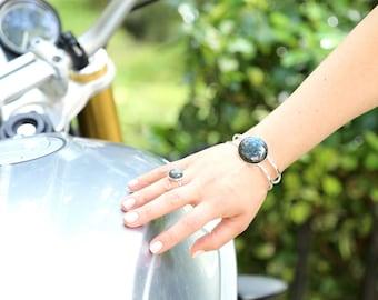 Labradorite Cuff Bracelet--Labradorite Cuff--Stone Cuff--Flash Labradorite Bracelet--Labradorite Bracelet--Silver Stone Cuff Bracelet