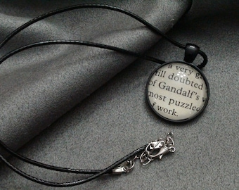 J.R.R Tolkien Gandalf Cabochon necklace From  The Lord Of The Rings book pages N3