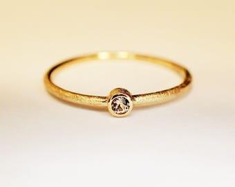Ring solid Gold 14 kt Topaz misty rose