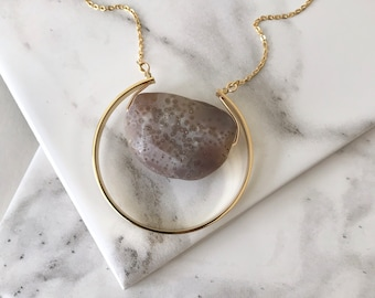 The Peet - Agate and gold necklace