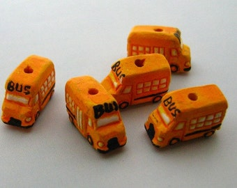 40 Tiny School Bus Beads for Dawn - CB456