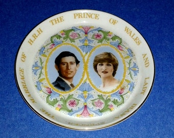 "Princess Diana & Prince Charles 1981 Royal Wedding Plate (4"") by Coalport Made in England"