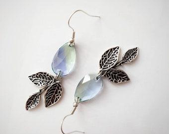 Teardrop Leaf Earrings, Purple Green Drop Earrings, Silver Leaves, Nature Jewelry, Long Dangle Earrings, Everyday Jewelry, Crystal Earrings