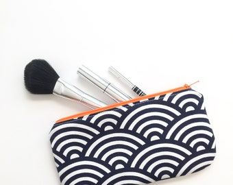 Birthday gift Make up bag Gift for Mom Makeup bag Gifts for her Gifts for mom Bridesmaid gift Bridesmaids Gift Coworker gifts