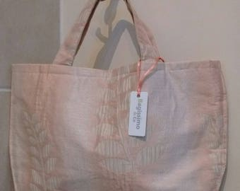 Pink leaf fabric bag