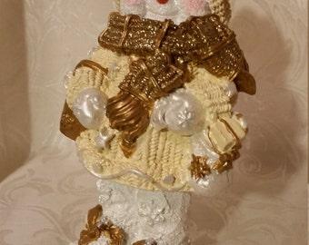 Golden Bobble-Body Snowman