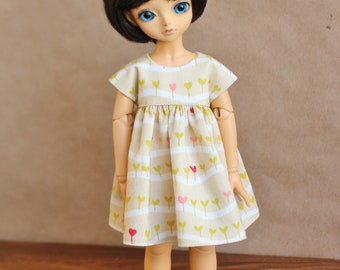Lati Green & Iplehouse BID Spring Sprouts Doll Dress   Green and Pink Dress for Lati Green and Iplehouse BID YOSD Dolls