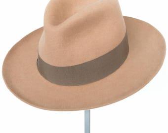 Felt Fedora, Women's felt hat, felt hat, stylish, man's hat,design fashion, winter 2017, Bogard hat, Must have, fashion trend, beige, Gino