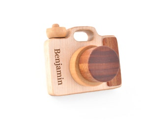 Personalized Wooden Toy Camera - Eco-friendly Montessori Imagination Toy - Pretend Play for a Baby, Toddler, Preschooler - Natural Toy Gift
