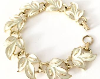 Vintage Signed Coro Enamel Leaf Link Station Bracelet Nature Inspired