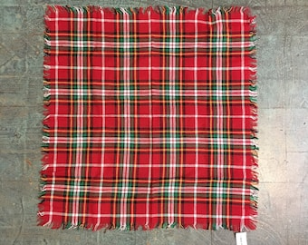 Vintage plaid scarf // unisex mod retro prep preppy