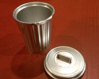 Miniature Garbage Can and Lid