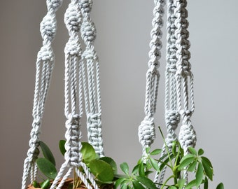 Icy grey, Macrame plant hanger, macrame montreal, boho montreal, plant and cactus, cotton rope natural cotton, plant hanger, bohemian decor