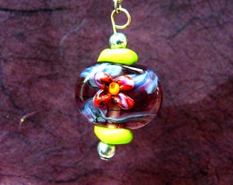 Candlestick flower with glass beads spun