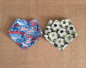 Reversible Baby Bandana Bib- drool bib-scarf bib-boy bib-sports bib-drooling bib-teething baby-soccer bib-baby gift-baby fashion, bib