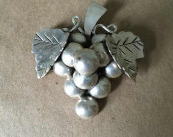 Vintage Mexican Sterling Silver Grape and Leaves Brooch Pin Taxco Mexico Mother's Day Gift