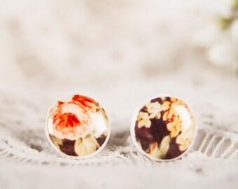 10 mm Tiny Stud Earrings, Small Earrings, 8 mm Small Studs, Floral Stud Earings, Flower Studs,