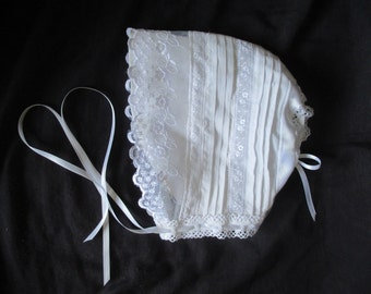 Baby-Girl-White-Heirloom Vintage-Style-Christening-Baptism-Bonnet-Size-0-24 Months