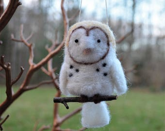 Barn Owl bird ornament, needle felted sculpture