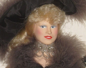 """Mae West """"Come up and see me"""" doll"""