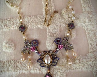 Marie Antoinette Delicate Pink Rose and Pearl Rococo Style Necklace