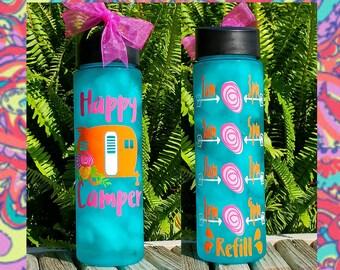 Happy Camper Water Bottle/Motivational/24oz/Water Tracker/Water Reminder/Vintage Style Camper/Glitter/Straw/Flip Lid/Handle/Gift/To go cup