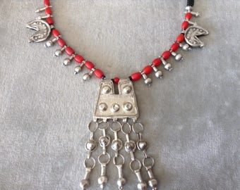Ethiopian necklace, fertility, protective amulets.Rare, Silver 835.Antique glass beads.Original Wollo district.Modern restrung.Boho jewelry.