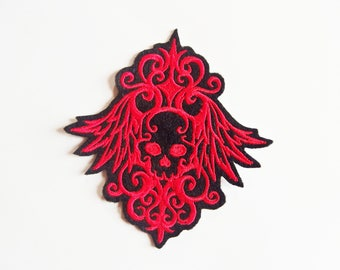 Skull and arabesques embroidery patch