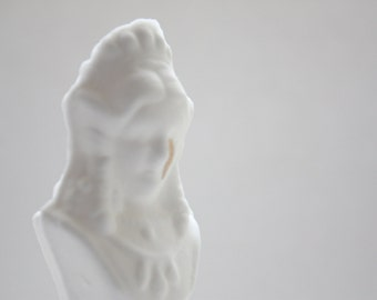 Chess piece - The Queen from English fine bone china with a gold tear