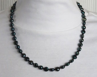 Spruce Freshwater Pearl Beaded Necklace