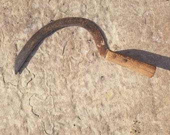Old Hand Scythe / Grim Reaper Sickle