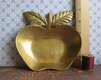 Vintage Brass Apple- Brass Trinket Tray- Brass Table Decor- Brass Apple Teacher Gift- Vintage Brass Fruit
