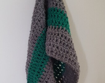 Simple Crocheted Cowl