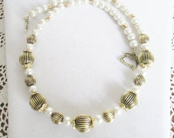 Pearl Necklace, Ivory Glass Pearls with Gold Metal Beads, Statement Necklace, OOAK, Gift for Mom, Pearl Diva, Classic Diva, Versatile, Gift