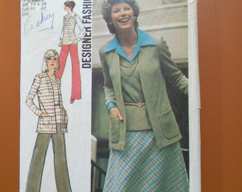 Simplicity 6516 Misses' Cardigan, Top, Pans and A-Line Bias Skirt Vintage Sewing Pattern 1970s 70s Size 18 20